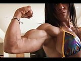 FBB show muscle